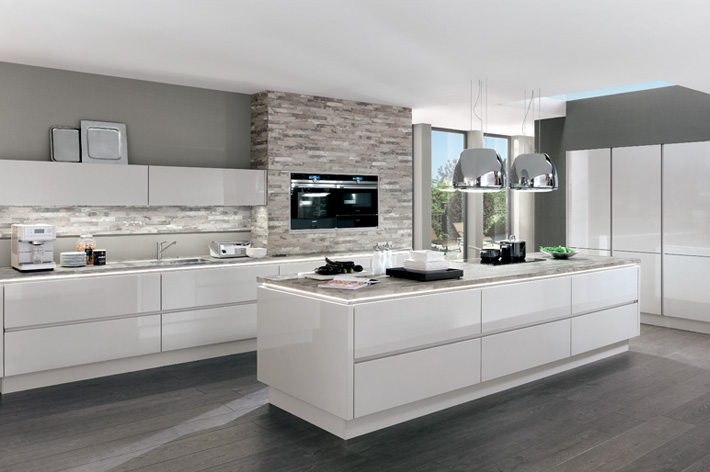 Schwarz Kitchens